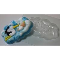 Аист с младенцем, форма для мыла пластиковая