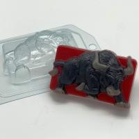 Бык бьет копытом, 1 шт, форма пластик